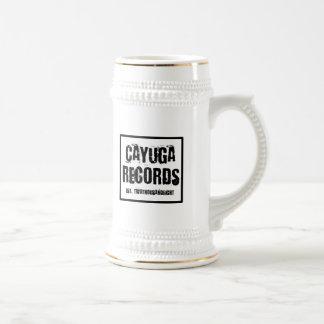 Cayugaはステインを記録します ビールジョッキ