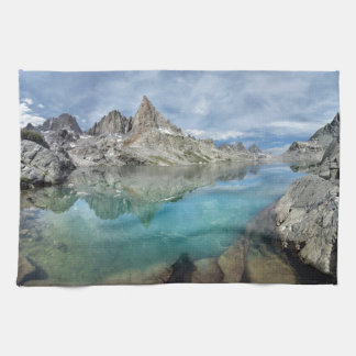 Cecile湖/光塔- Anselアダムスの荒野 キッチンタオル