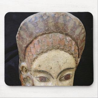 Cerveteriからの女性の頭部が付いているAntefix、 マウスパッド