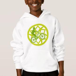 Chainringのバイクもしくは自転車に乗る人