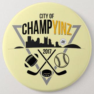 ChampYINZのデザインのメガボタン 缶バッジ