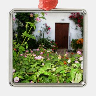 Chaniaクレタ、ギリシャの満たされた庭を開花して下さい メタルオーナメント