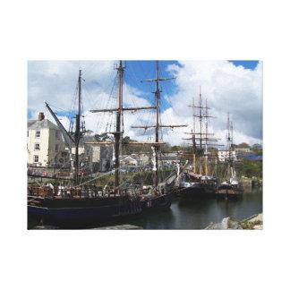 Charlestown南コーンウォールの帆船 キャンバスプリント