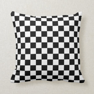 Checkered: Black and White クッション