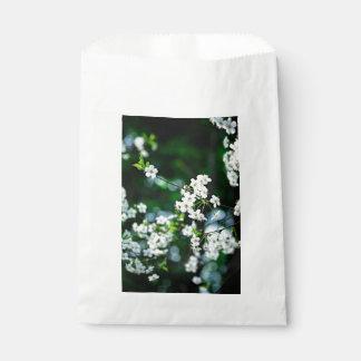 cherry-blossoms-white-01-60v.jpg フェイバーバッグ