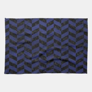CHEVRON1黒い大理石及び青い革 キッチンタオル