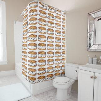 Chipwichのチョコチップクッキーのアイスクリームサンドイッチ シャワーカーテン