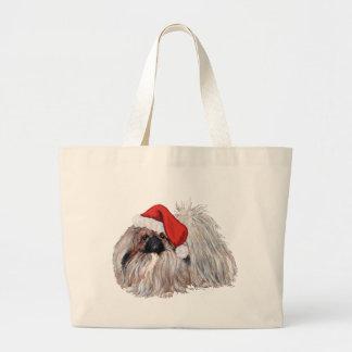 ChristmastimeのPekingese ラージトートバッグ