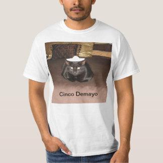 cincoのdemayo tシャツ