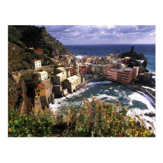 CinqueのVernazzaの美しい村 ポストカード