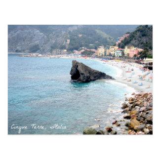 Cinque Terreのイタリアのビーチ場面郵便はがき ポストカード