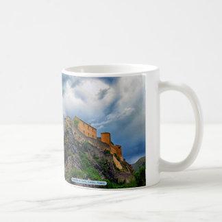 Citadelle de Corte、コルシカ、フランス コーヒーマグカップ