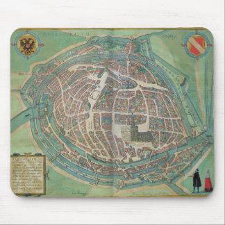 「Civitates Orbis Terrarumからのストラスブールの地図、 マウスパッド