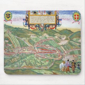 「Civitates Orbis TerrarumからのSerravalleの地図、 マウスパッド