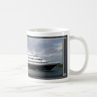 Clelia IIのマグ コーヒーマグカップ