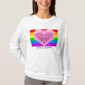 """Clio """"愛""""プライドのTシャツ与えて下さい Tシャツ"""