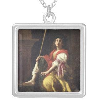 Clio、歴史1624年のムーサ シルバープレートネックレス
