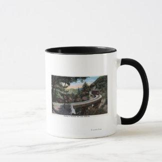Cloudlandの眺めへの上昇 マグカップ