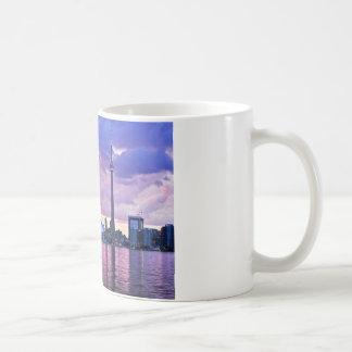 CNタワー: 中心の島トロントからの眺め コーヒーマグカップ