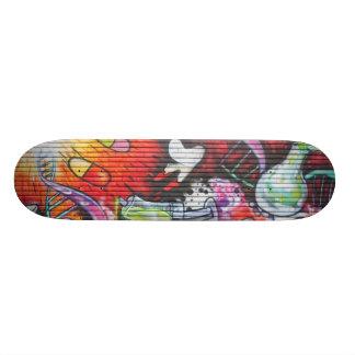 Colorful Medical Theme Graffiti 18.1cm オールドスクールスケートボードデッキ