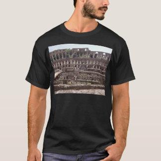 Colosseumの中 Tシャツ