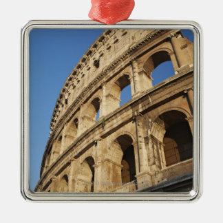 Colosseumの低い角度眺め メタルオーナメント