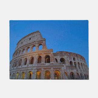 Colosseumの最初にFlavianの円形劇場 ドアマット