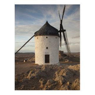 ConsuegraのLaのManchaの旧式な風車7 ポストカード