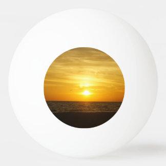 Coquinaのビーチの日没 卓球ボール
