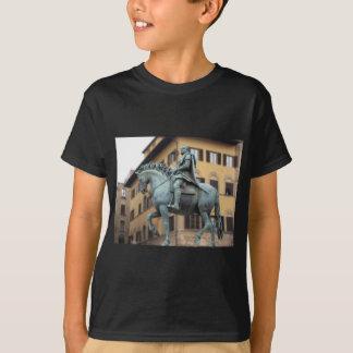 Cosimo de Medici、フィレンツェの乗馬の彫像 Tシャツ