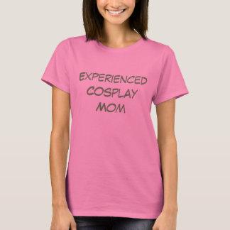 Cosplayのベテランのお母さん-女性のTシャツ Tシャツ