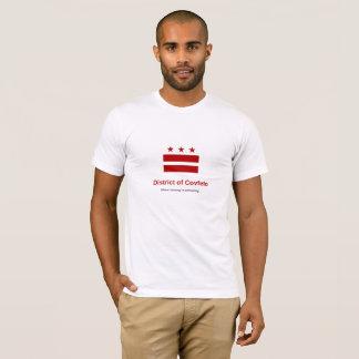 """Covfefeの地区: """"勝利が""""排出しているところ tシャツ"""