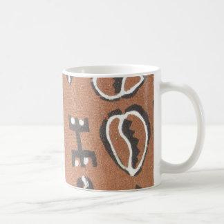 Cowrieの泥の布のマグ コーヒーマグカップ