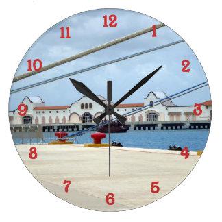 Cozumelの波止場 ラージ壁時計