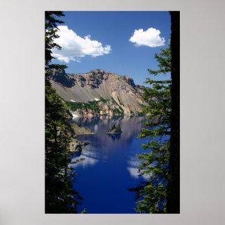 crater湖および幻影の船 ポスター