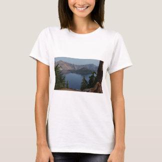 crater湖、オレゴン tシャツ