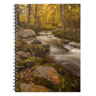 Crestoneの入り江の秋色 ノートブック