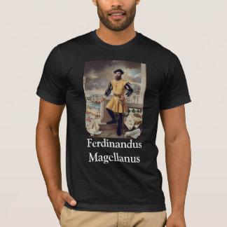 Crucesignatus Papalis Ferdinandus Magellanus Tシャツ