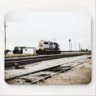 CSXの鉄道Dieeselのヤードエンジントレド、オハイオ州 マウスパッド