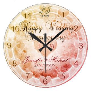 Custom Any Year Wedding Anniversary Hearts ラージ壁時計