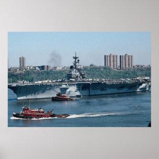 "CV-59 ""USS Forrestal""、化石燃料、ニューヨーク、米国 ポスター"