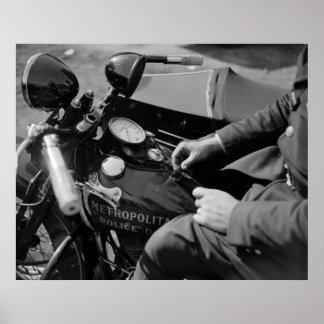 D.C. 白バイの警官、30年代 ポスター