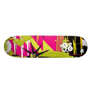 """Dalekの""""トリプティクのパート2"""" スケートボード"""