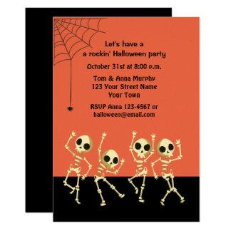 Dancing Halloween Skeletons Invitation カード