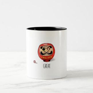 Darumaの人形が付いているマグ ツートーンマグカップ