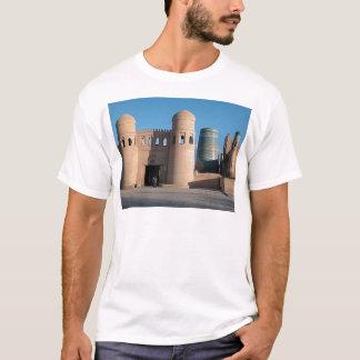DarvazaのAtaゲート Tシャツ