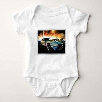 Datsun Zのレースカー ベビーボディスーツ