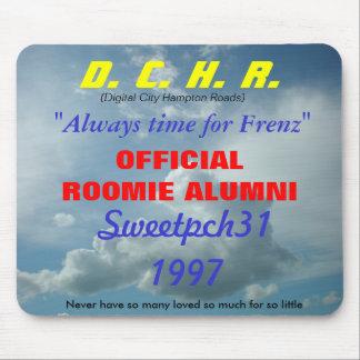 DCHR公式ROOMIEの卒業生 マウスパッド