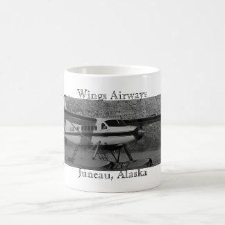 DeHavillandのカワウソ及び強大な氷河 コーヒーマグカップ