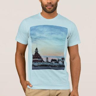 Del Coronadoの日没 Tシャツ